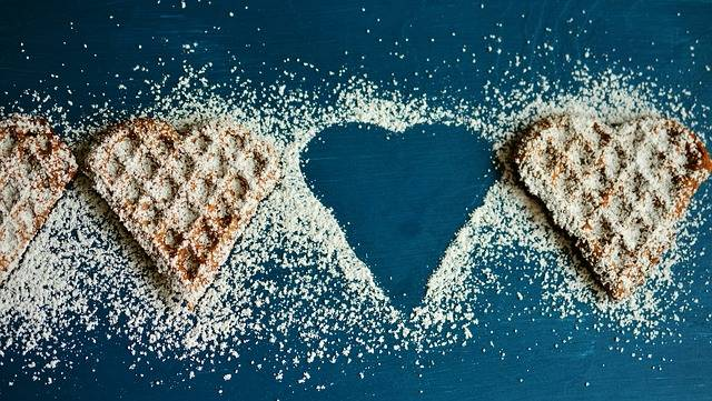 Free photo: Waffle Heart, Waffles, Icing Sugar - Free Image on Pixabay - 2697904 (60783)
