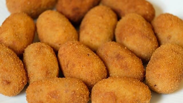 Free photo: Croquettes, Eat, Delicious - Free Image on Pixabay - 2795548 (60968)