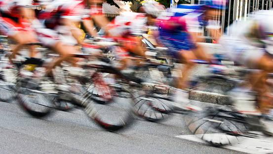 モーションブラーの自転車レース