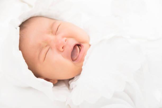 赤ちゃんが泣きやむ動画