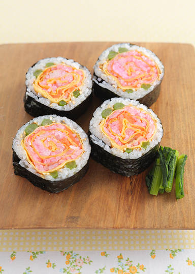 お花の太巻き寿司  のレシピ・作り方 │ABCクッキングスタジオのレシピ | 料理教室・スクールならABCクッキングスタジオ (789)