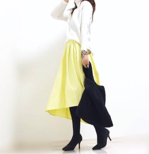 GU新作☆大人気ステップドヘムフレアスカートで雨の日の春色コーデ♪|α closet アラフォースタイルアップを目指す☆プチプラmixコーデ (5443)