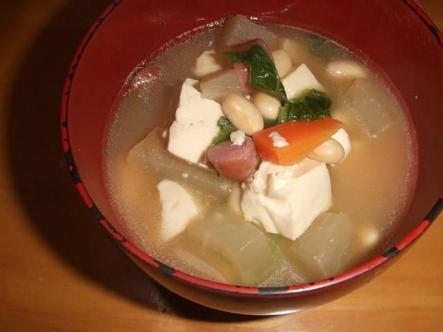 栄養満点!美味しい具だくさんスープを是非