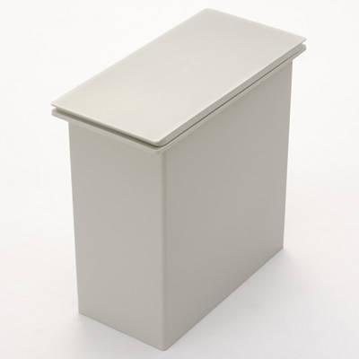 ポリプロピレンフタが選べるダストボックス・小(20L袋用) 袋止付・約幅19×奥行41×高さ37cm | 無印良品ネットストア (6494)