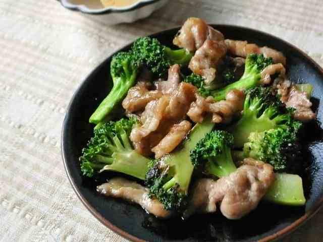 ブロッコリーと豚こま肉の中華炒め by moj [クックパッド] 簡単おいしいみんなのレシピが262万品 (11183)
