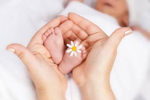 生後1・2・3・4週間のミルクの量は?新生児がむせるときの対策 - こそだてハック (17615)