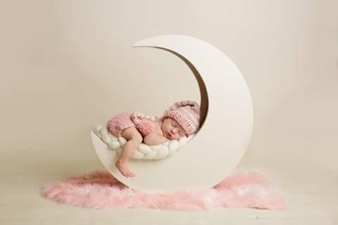 新生児が寝ない原因は?赤ちゃんが夜に寝ぐずりするときの対策は? - こそだてハック (17618)