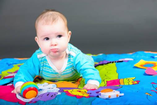 【医師監修】いつからいつまで続く?赤ちゃんが人見知りする原因と対策 | マイナビウーマン (20094)