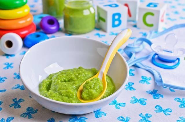 離乳初期の赤ちゃんが食べられる量は? 食事の適量の見極め方|MUGYUU!【妊娠・出産・子育て・育児中のママ応援サイトむぎゅー】 (20096)