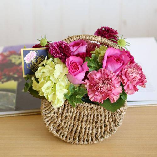 一覧|ゆらりアレンジ・イブピアッチェ(1/1) | 花・花束の通販|青山フラワーマーケット (29281)