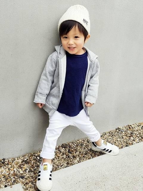 アキラ|GAPのTシャツ・カットソーを使ったコーディネート - WEAR (30215)