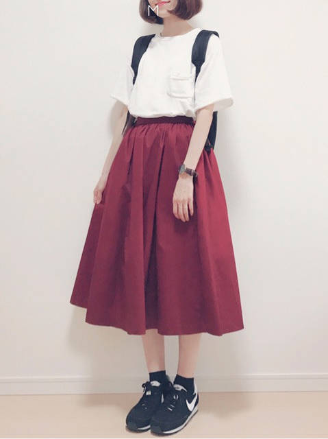【UNIQLO】形が綺麗な秋色スカートでカジュアル秋コーデ|幸せになるための大人可愛いファッションブログ (62688)