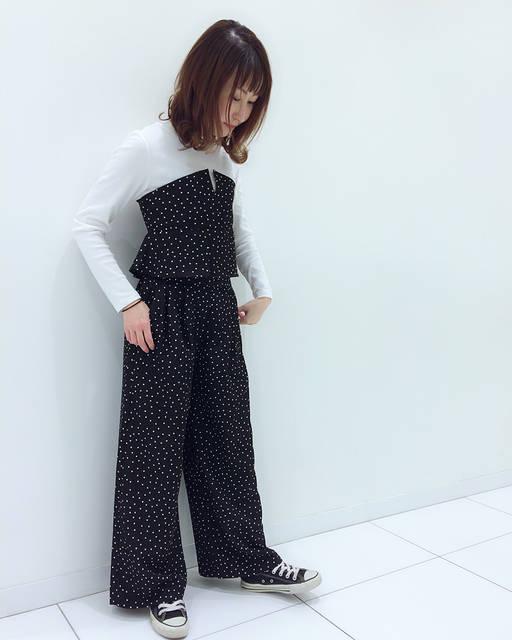 """Mi-ta on Instagram: """"#きょコ  #出勤コーデ コーデは全身 @gu_for_all_ ◡̈✩ . ☻coordinate☻ #ビスチェコンビt #ドット #ワイドパンツ #ドットワイドパンツ . ショップブログに載せたコーデ♡ . でも、メンズの新作のデニムJKをGETしてきた😂✨ . さ。…"""" (83074)"""