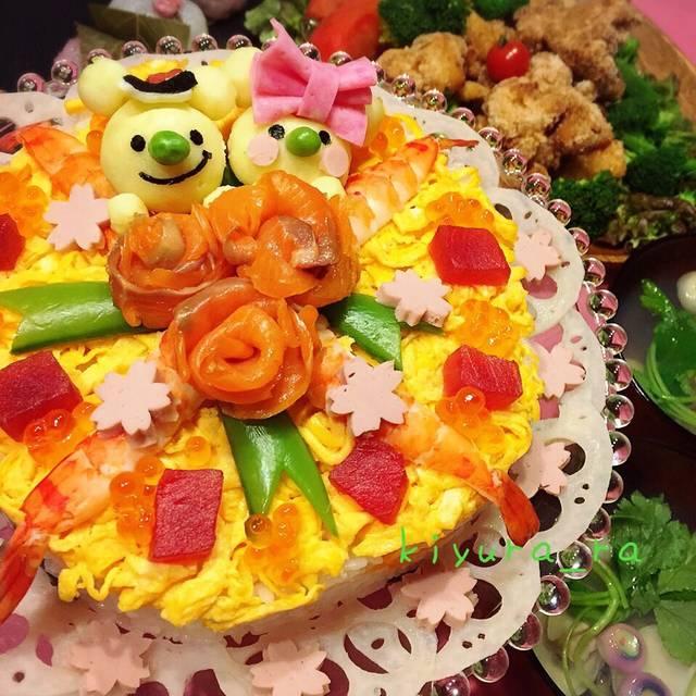 """きゆら on Instagram: """"今年のお雛祭りはケーキちらし寿司♡ケチったばかりに、切り落としのサーモンじゃ綺麗な薔薇作れなかったぁぁ( ・᷄ ︵・᷅ )ショボーン#ひな祭り#ひな祭りごはん #ひな祭りケーキ #くまちゃん雛"""" (83211)"""