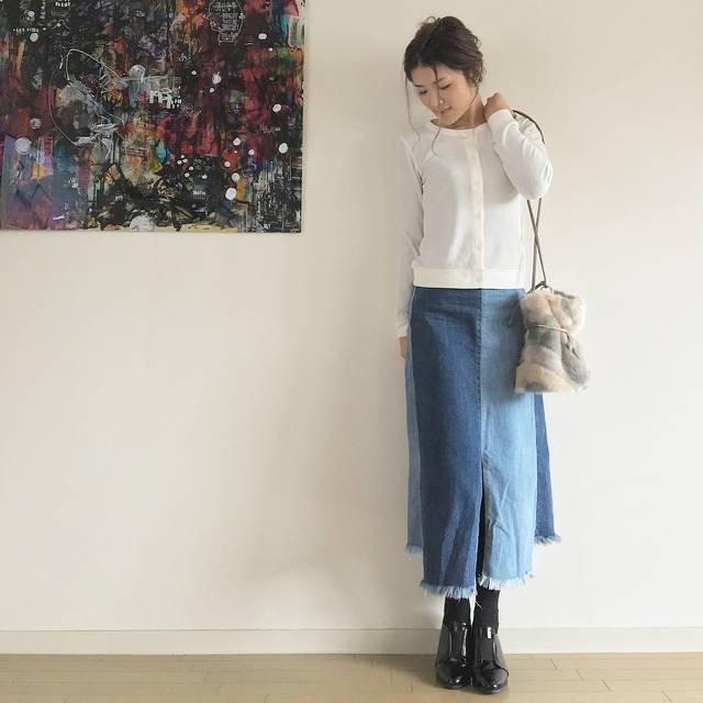 """maya on Instagram: """"#maya_coordinate 【コーディネート】 * UNIQLOの新作の #ミニワッフルカーディガン が凄く使える! しかも合わせやすい☆ 今日はデニムのロングスカートに合わせてシンプルカジュアルに♡ ・ トップス #uniqlo @uniqlo ボトム…"""" (83258)"""