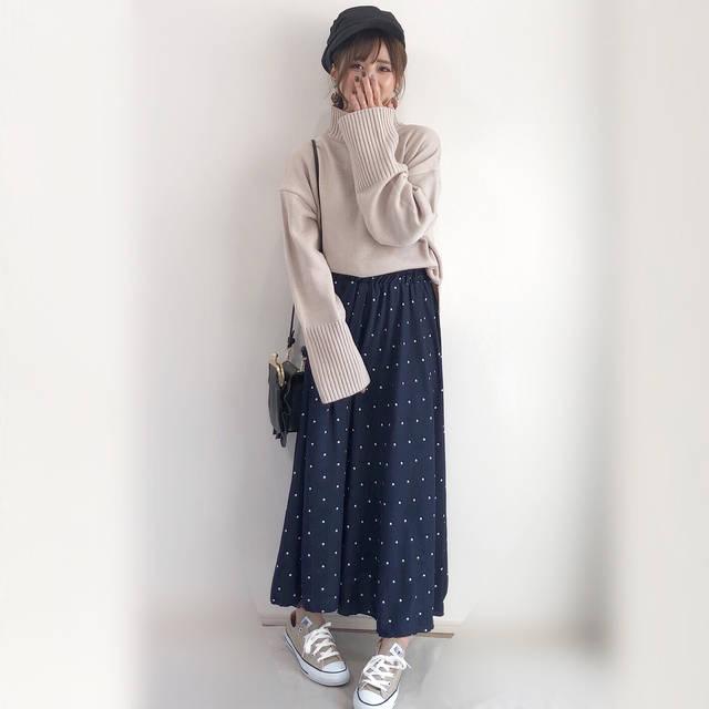 """yun on Instagram: """"ハマったらひたすらキャスケット☺︎w ・ ・ ドット柄のスカートは @luna.select  さんのもの☺︎ 金曜日21時販売だよー🎵 ウエストゴムの楽チン仕様なやつ💕 ・ ・ ・ トップス➡︎ @grl_official #grl#グレイル ボトム➡︎…"""" (84231)"""