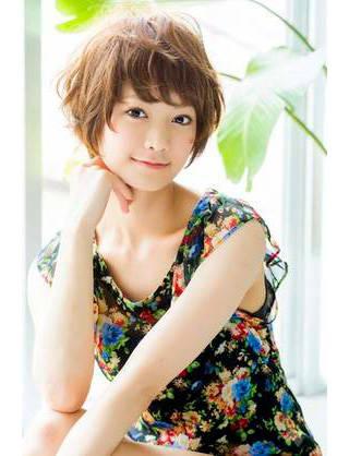 ショートヘア女子はワックスでおしゃれにアレンジ♡スタイリングの基本とおすすめアレンジ! | GIRLY (84338)
