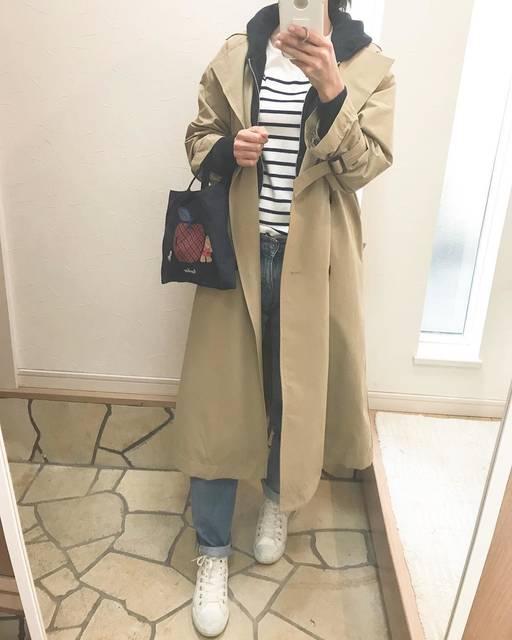 "RIA on Instagram: ""* * * 話題のGU#ボリュームスリーブトレンチコート * 安いのにえぇ仕事するよ!と聞いて便乗😋 * * * coat#gu tops#costco  jeans#uniqlo  shoes#converse * * #オーバーサイズコート  #みたくするのが流行りで…"" (86186)"