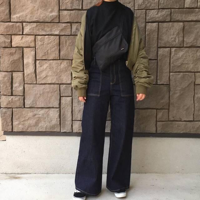 """ayumi on Instagram: """"2018.01.20 ・ GUで 新作のスカート 何点か試着したけど 置いてきちゃった、、 ・ そのかわり この#ベイカーバギージーンズ をお持ち帰り ・ でもやっぱり スカートが気になる💭 ・…"""" (87879)"""