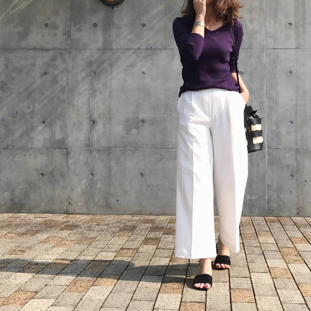 "HIROMIEE on Instagram: "". . 昨日の。 . . tops...#uniqlo #リブバレエネックt  pants...#salus #rakuten @salus_official  shose...#reedit @reedit_official  bag...#gem…"" (88419)"