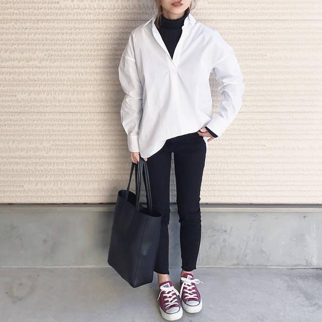 """Asami on Instagram: """". こんばんは♡ 今日は買い出しに☘️ 給料日前に冷蔵庫が 空って(´-ι_-`)辛 . . 今日も鹿児島は暖かめ🌸🐝 ついにシャツの季節きたー♡ 前コーデですが、 UNIQLOから新作で出た #エクストラファインコットンシャツ 買いました♡…"""" (88506)"""