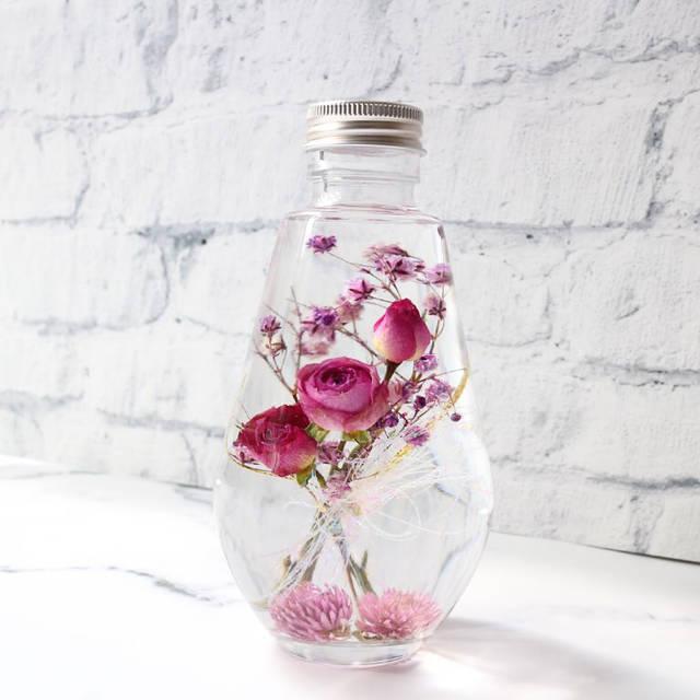 """fleur_ami on Instagram: """"【新作】 @minne_official さまより出品🌸 ラグジュアリーな空間に演出するバラの花束ハーバリウムです🌹 リボンはキラキラと色が見る角度で変わります✨ ・ http://minne.com/items/12872996  ・ @e.v.ergreen…"""" (89876)"""
