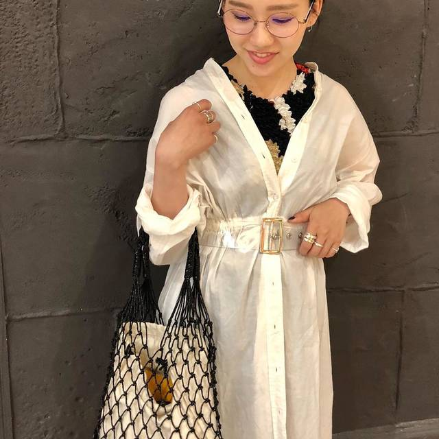 """AYANE__m on Instagram: """". . お休みの日の私にはちょっと 珍しいコーディネート 💜 . ファッションって楽しいし面白いな〜 . ウエストに巻いてるのは ViSのクリアベルト! さりげなーく 👆 . #ootd #holiday #happyholidays #gw #fashion  #outfit…"""" (93912)"""