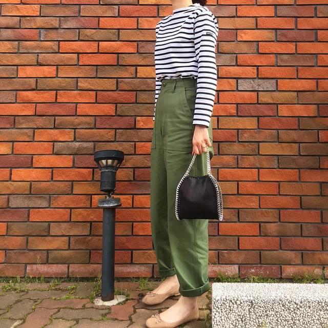 """aya 🦔 on Instagram: """"✦︎2018.5.29✦︎ ・ 昨日のコーデで おはようございます☺︎ ・ トップス … #saintjames  パンツ … #shinzone  鞄 … #donoban  バレエシューズ … #hm ・ ベイカーパンツをやっと♡ ・ ・ #coordinate…"""" (94847)"""