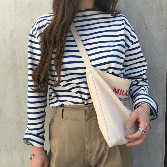 """tommy. on Instagram: """". ちょっと肌寒い日のcode🌿 これに黒のベレー帽👩🏽🎨 . 青ボーダーにチノパンツ それだけでなんか可愛いよね🚢💘 . #fashion #ootd #code #outfit #instagood #saintjames #セントジェームス #uniqlo…"""" (94853)"""