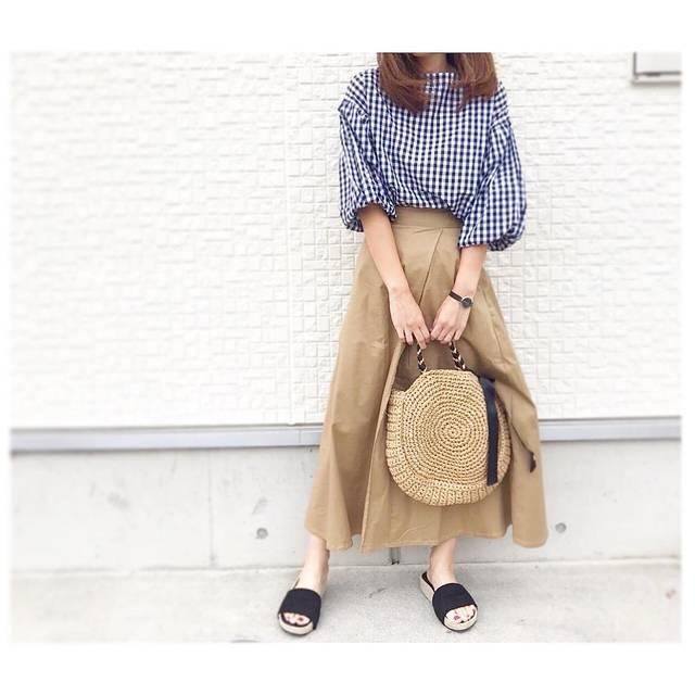 """名古屋ヨガインストラクター on Instagram: """"⋆︎ ⋆︎ 着まわしコーデ◡̈♥︎ ⋆︎ #チノフレアマキシスカート  が本当に使えるし可愛い❤️ ⋆︎ サンダルもGU 【 #ジュートプラットフォームサンダル 】 ⋆︎ #ママコーデ #ママファッション #カジュアルコーデ #gumania#gu_global…"""" (95251)"""