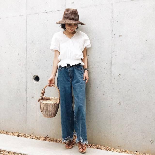 """ANNA on Instagram: """"きのうの動物園コーデ🌞 半袖のスカラップシャツお気にいり✌🏾 ・ この季節外での活動には帽子が欠かせない‼️ これはポケッタブルタイプで折りたたんで持ち歩けるから便利😍 って言いながら型くずれにビビってまだ1度も畳んだことないけど😂 他の色もほしい〜🧡 ・ ・ スカラップシャツ…"""" (95569)"""
