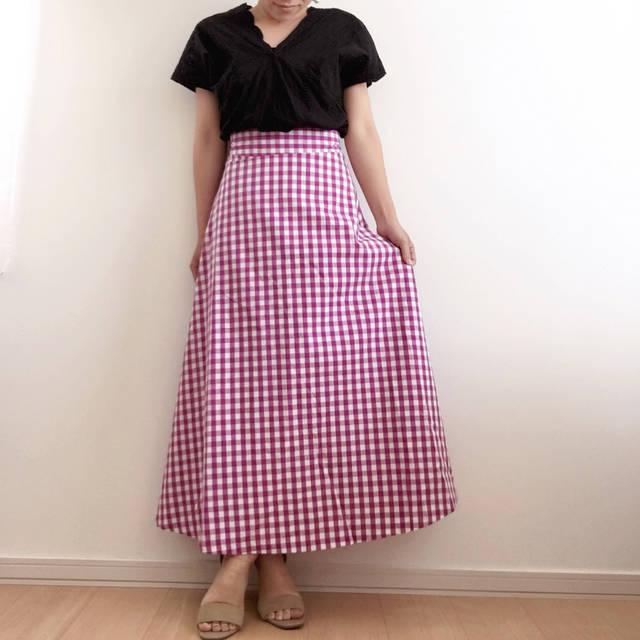 """keeei on Instagram: """"おはようございます☀ 今日は全身GUだよ♡ このパープルのギンガムスカート めっちゃ可愛いよ〜😍😍 #スカラップレースvネックブラウス と合わせてみた♡ このトップスも可愛いくて ホワイトも今更欲しい🤣 スカートの形が綺麗でスタイル 良く見えるよ❤️…"""" (95706)"""