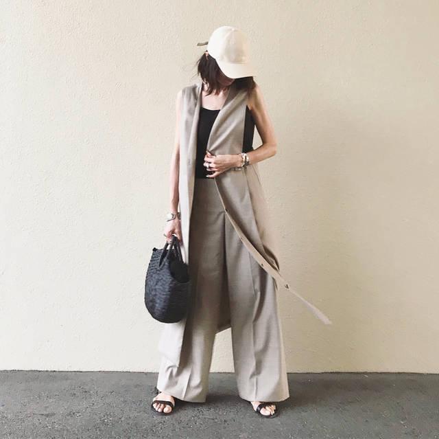 """本郷智香子   Chikako Hongo on Instagram: """"✨ ・ 昨日は次男の運動会の後、急いで帰省。 運動会でキャップを被っていたのでそのまま服だけ着替えて行きました。 ・ ロングジレ&ワイドパンツは、コーディネートを考える暇がない時にとっても助かる💕 @kuumfashion さんとのコラボです。 ・…"""" (96622)"""