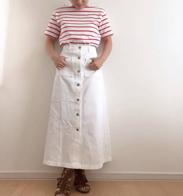 """keeei on Instagram: """"こんにちは♡ 上下#newin #デニムフロントボタンマキシスカート のホワイトだよ✨ #ボーダーボートネックt の ピンクを合わせてみたよ♡ ブルーも追加購入しちゃった🤣 トップスもスカートも可愛くて 結構お気に入り〜❤️ GU出勤の時は毎日コーデ 考えるのが楽しみっ😆✨ *…"""" (97177)"""