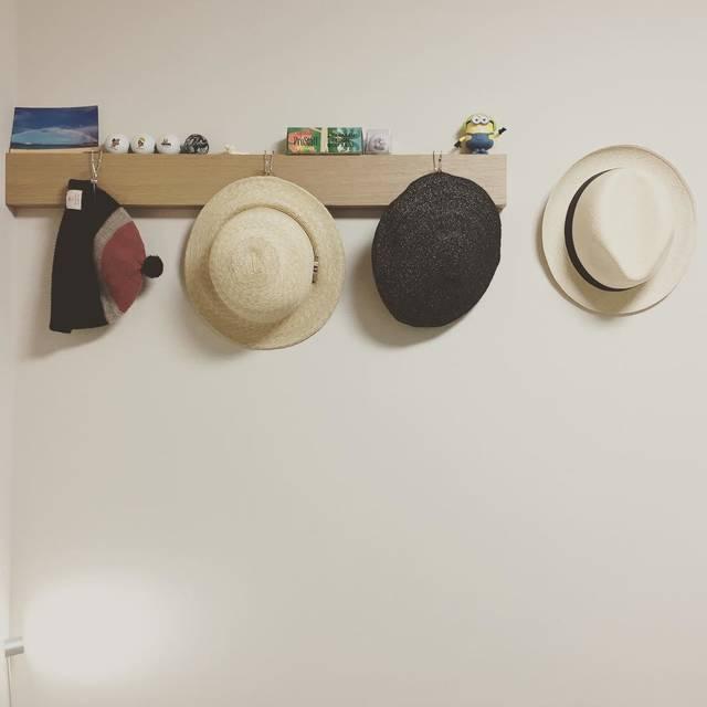 """宅和 正治 on Instagram: """"帽子コーナー完成👒#nigelcabourn#newt #tocit #muji #無印良品 #置き場に困る#整理整頓したい#artosbookstore#帽子収納 #帽子 #帽子好き になってきた"""" (98183)"""
