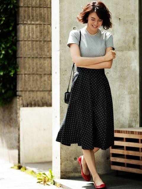ユニクロ|サーキュラースカート(ハイウエスト・ドット・丈標準73~77cm)|WOMEN(レディース)|公式オンラインストア(通販サイト) (98526)