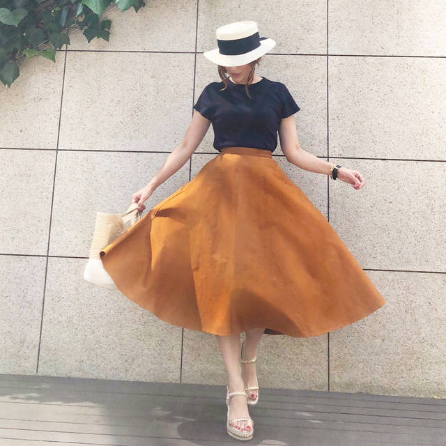 """COCO on Instagram: """"【コーデ】UNIQLO新作サーキュラースカート  2018.6.28 今日は ユニクロ×inesのAW展示会へ! 子供服の展開もあって可愛かったー✨✨ また 詳しく書きますね! そんな今日は UNIQLO新作 サーキュラースカート履きました♡ これ絶対買うと決めてたので…"""" (98539)"""