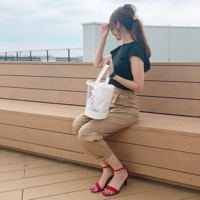 """maki☺︎ on Instagram: """"♡ こんばんは☺︎ . . #いつコ . . GU新作のグルカパンツ❣️ @roofa_fashion さんにて、 @saki____219 ちゃんと着用した動画をupしていただきました😳🙌🏻💕 . .…"""" (100751)"""