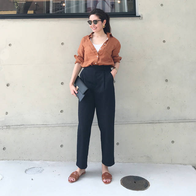 """Chika.T on Instagram: """"こんにちは、チカです🙋♀️ . @gu_global の新作 秋モノのパンツ👖 . #チノグルカテーパードパンツ ♡ . . チノ素材でカジュアルだけど、 履くと腰まわりのタックで立体感が出て、 モードっぽくもあり、カッコいい〜💕 (3枚目参照) .…"""" (100753)"""