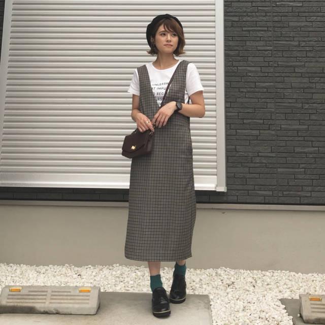 """yun on Instagram: """"🐰 ・ ・ @gu_global さんの秋の新作 #ガンクラブチェックジャンパードレス を着用しています☺︎♡ ・ ・  今年の秋冬、大注目の#ガンクラブチェック ♡ 今回はガーリーに♡ カジュアルにも合わせたりたくさん着回せそう😍💕 ・ @gu_for_all_…"""" (101116)"""