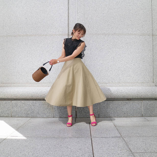 "@mo_jimo_ji on Instagram: ""★outfit★ . . tops (@stylest_net ) . . skirt (@uniqlo_ginza ) (@uniqlo ) #コットンサーキュラースカート . . sandal (@gu_for_all_ ) (@gu_global ) . . bag…"" (104050)"