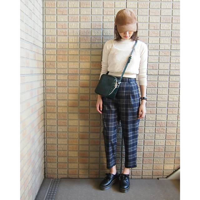 "Alice on Instagram: ""ㅤㅤㅤㅤㅤㅤㅤㅤㅤㅤㅤㅤㅤ #上下GU #全身GU ㅤㅤㅤㅤㅤㅤㅤㅤㅤㅤㅤㅤㅤ #妄想コーデ メンズのコーデュロイキャップは、後ろのサイズ調節するヒモがオシャレに収納できるようになっていて良き☺ トップスはキッズ、、さすがに袖は短い(笑)…"" (104716)"