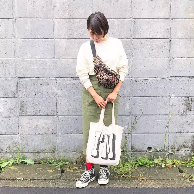 """松本ゆか on Instagram: """"・ お気に入りのスウェット。 お気に入りのバッグ。 赤い靴下×コンバース。 いろいろあがる⤴︎ ・ ・ ・ ・ #ootd #bemsboy #gregory #uniqlou #converse #mamagirl #hugmugstylingbu #mineby3mootd…"""" (107292)"""