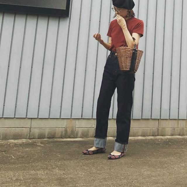 """ゆぶ on Instagram: """"17 Sep. 2018 #ootd ・ ・ こんばんは☺︎ 今日はまた夏が戻ってきた感じに暑かった… ベレー帽ん中、蒸れ蒸れ😂😂 ・ ・ #tops#クルーネックt#uniqlou  #bottoms#redcardtokyo  #shoes#gu ・ ・…"""" (107795)"""