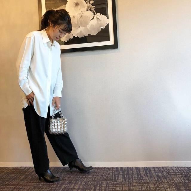 """Satomi*O on Instagram: """"お久しぶり投稿です。 Uniqlo U 2018awの購入品でコーデ。 * Tops… #ドレープツイルチュニック #uniqlou  Bottoms… #ポンチワイドパンツ #uniqlou  Bag… #vintage Shoes… #サイドゴアヒールブーツ #uniqlo…"""" (107800)"""