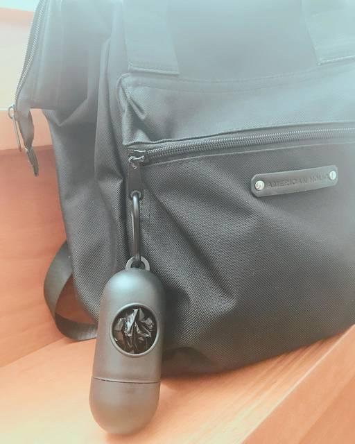 """¨̮☪︎⋆。˚✩myhome.R¨̮☪︎⋆。˚✩ on Instagram: """"* いつもリュックにつけて持ち歩いているこの袋⭐️⭐️ #キャンドゥ に黒があってGet😍💓💓子供のオムツのゴミ入れたりお菓子のゴミを入れたり残ったお菓子入れたり、大きさも大きいからなんでも入れちゃってる⸜( ´ ꒳ ` )⸝♡︎…"""" (109633)"""