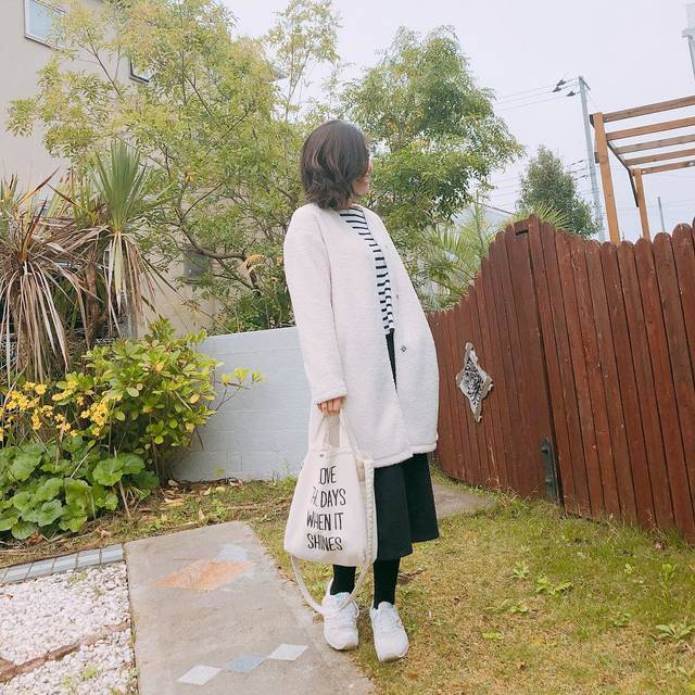 "後藤沙織 on Instagram: ""* * today'soutfit❤︎ * outer @uniqlo  tops  @gu_global  skirt  @earth__1999  bag  @right_on_pr  shoes  @new_balance_japan * *…"" (111152)"