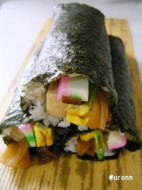 和食の定番!太巻き寿司♪今日は節分恵方巻 by uronn 【クックパッド】 簡単おいしいみんなのレシピが302万品 (114763)