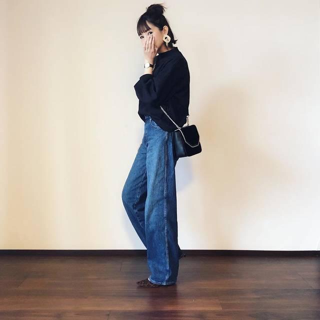 """@bibi_mama_ on Instagram: """"* * 先日のコーデ❤︎ * * 先日の座談会の日のコーデ❤︎ アウターなしバージョン。 Uniqlo Uの神デニム👖✨ #ハイライズワイドストレートジーンズ  ゆったりオーバーシルエットと長め丈が可愛すぎ! 166cmの私だと7cmヒールを履いて床スレスレくらい。…"""" (114794)"""