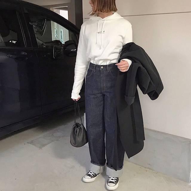 """haru on Instagram: """"ootd✔️ ・ ・ さっそくパーカー着画バージョン𓀥𓀥𓀥 ・ ・ 私が着たら細身だけど🐽 アウター着てもスッキリ着れて裏起毛だから暖かいし着心地良きです⤴︎ ⤴︎ ・ ・ それにしてもMr.シャチホコのアッコさん似てる 笑 ・ ・ #お洒落好きな人と繋がりたい  #ootd…"""" (114797)"""
